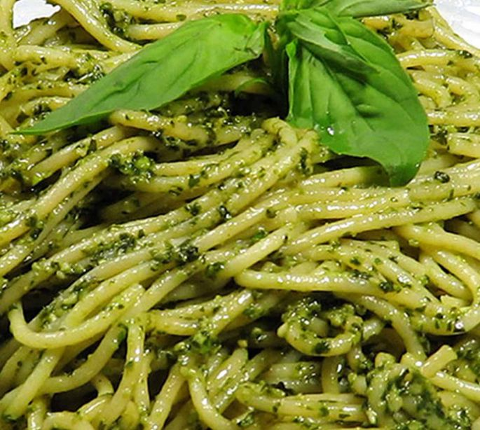 Pasta in Jalapeno Chili Pesto Sauce
